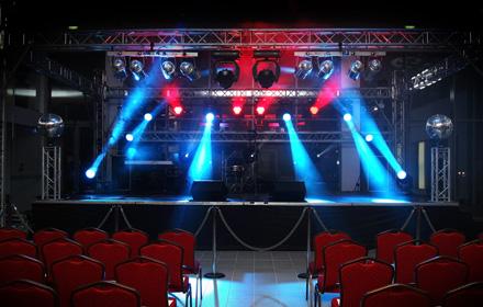Bühnen - Staging