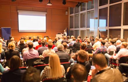 Konferenz- und Tagungstechnik